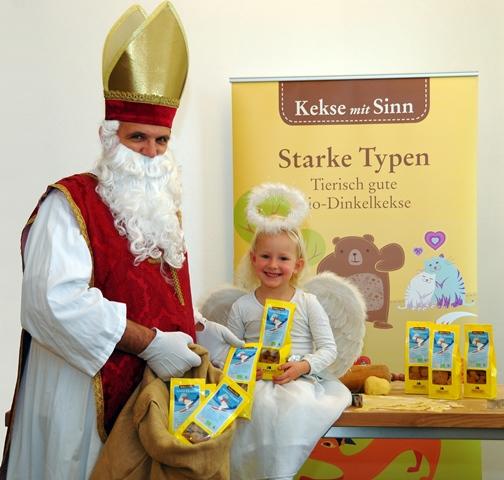 Nikolaus und Christkind in der Backstube Bräuer_Kekse mit Sinn