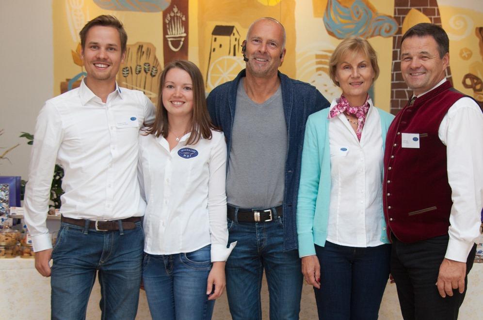 Mit einem Kundentag feierte die Eigentümerfamilie Eder ihr dreifaches Jubiläum. Foto: Mauracher